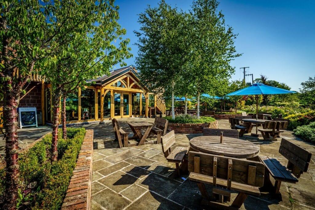 the fishpool inn outside dining