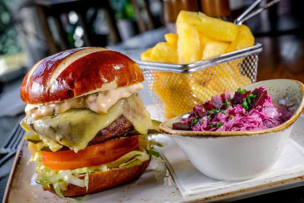 nelsons bar burger