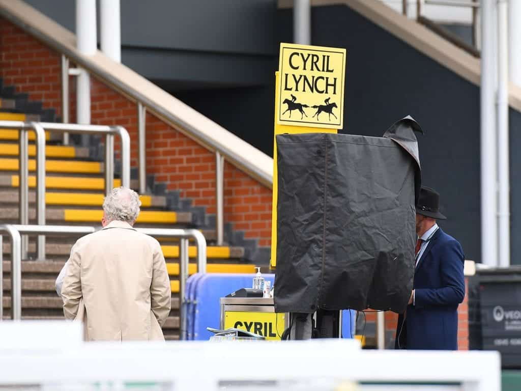 Independent Bookmakers Are Invited Back To Racecourses As Part Of A Trial