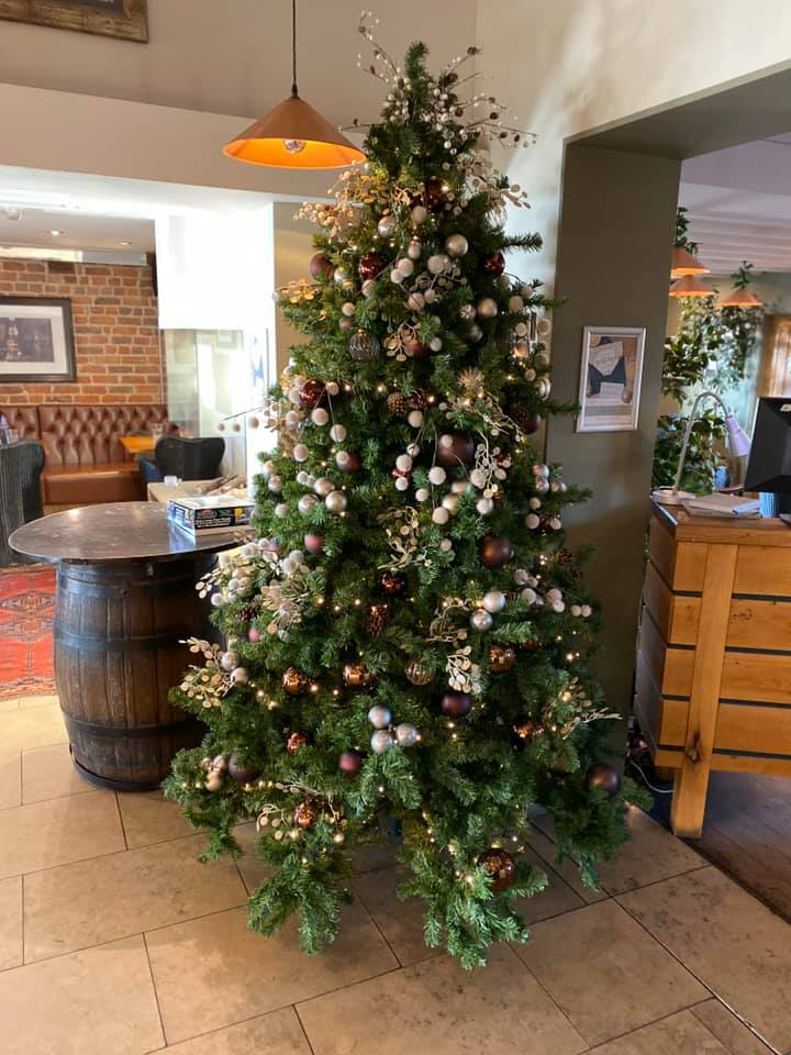 The Chester Fields Country Pub And Restaurant Christmas Tree