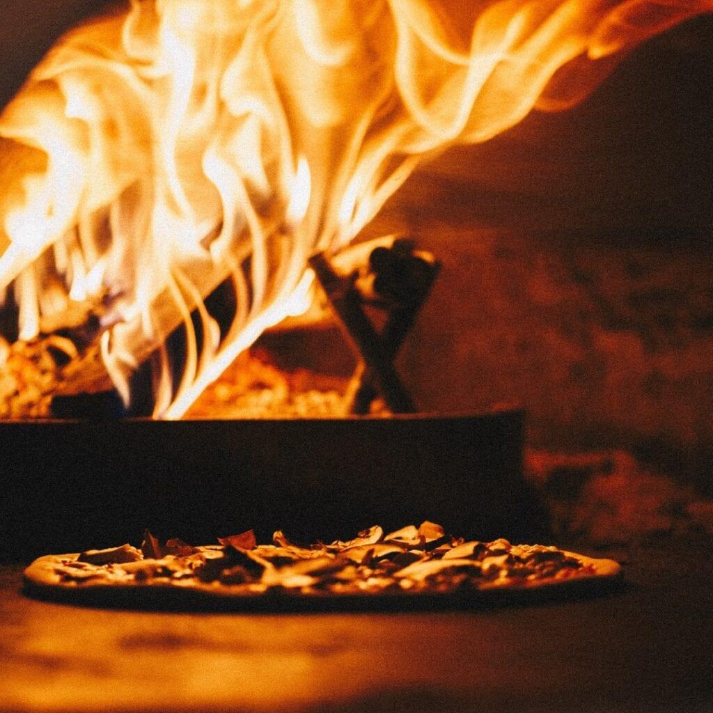 Oak And Smoke Pizza Woodfired Pizza Oven