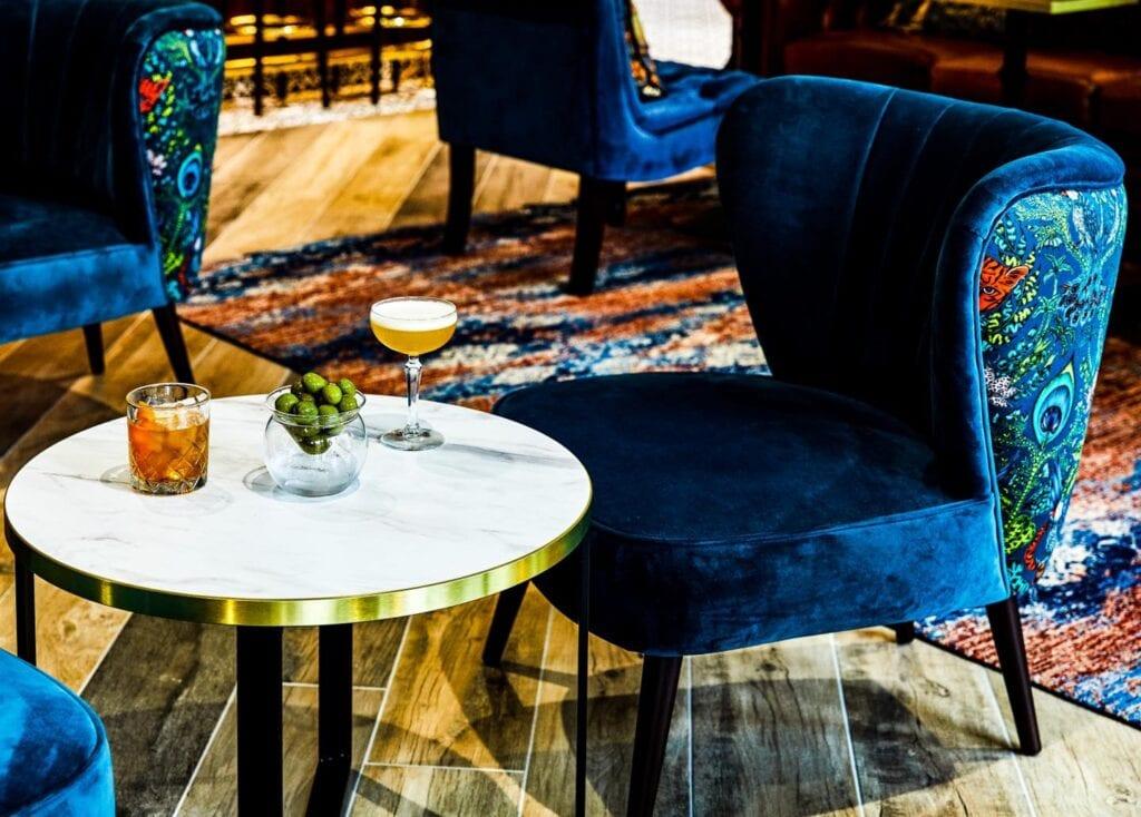 hotel indigo chester bar lounge