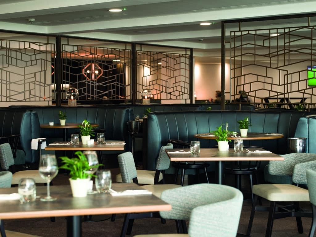 doubletree garden room restaurant