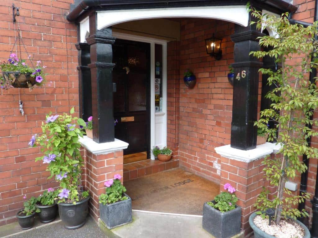 lavender lodge guest house hoole road chester