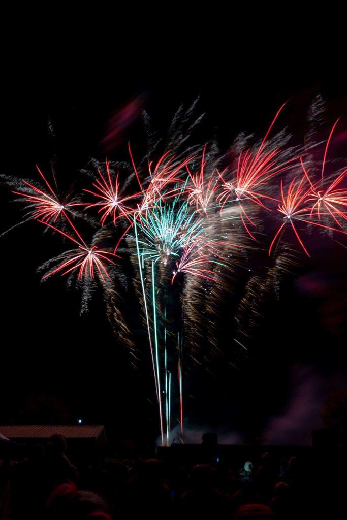 elton bonfire firework spectacular display